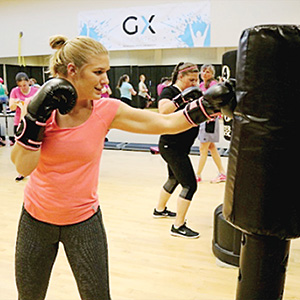 Picture of Mariah in a kickboxing class