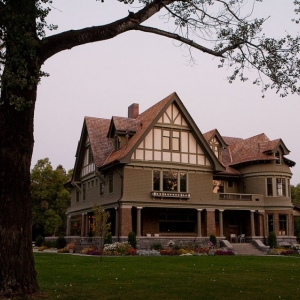 Story Mansion