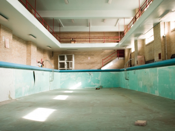 Decaying pool in Romney Hall | Kelly Gorham