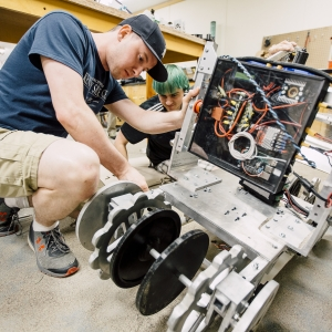 Mars Robot Prepared for NASA Competition