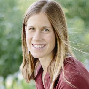 Rebekah VanWieren Wins Teaching Award for Excellence