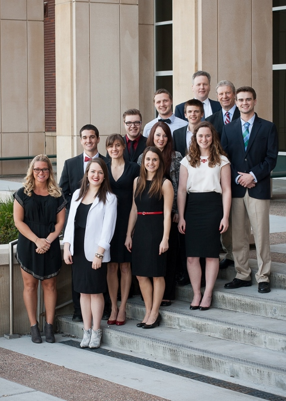 Photo of the 2015 advertising class team