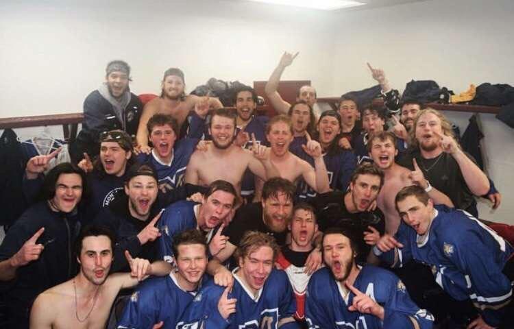 Men's Hockey Club celebratory team picture after winning Regionals.