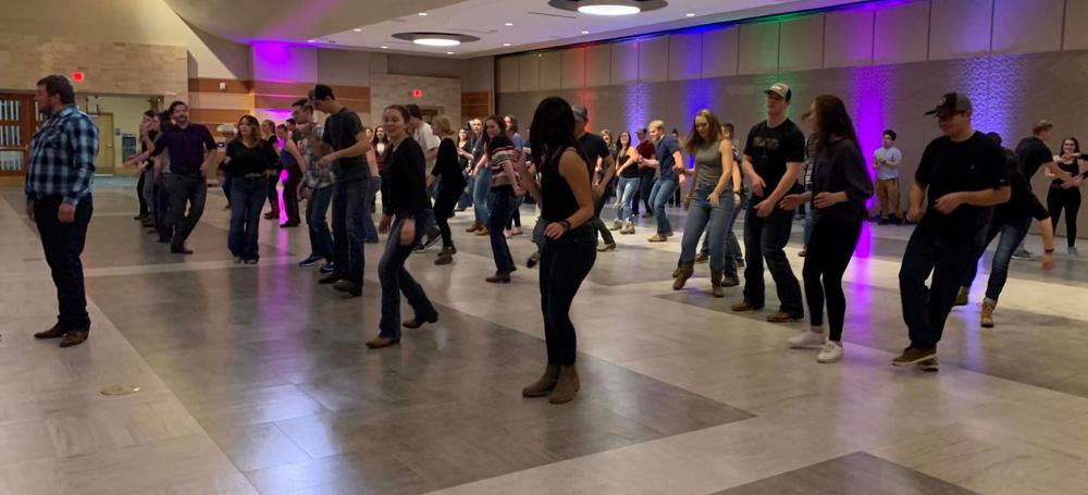 Country Dance Club dancing