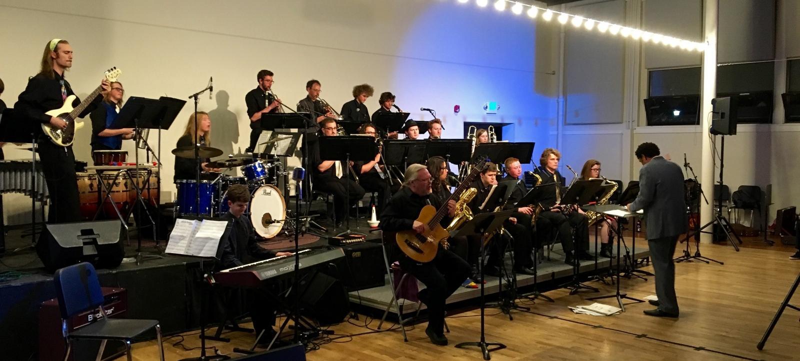 MSU 1 o'clock  Jazz performs