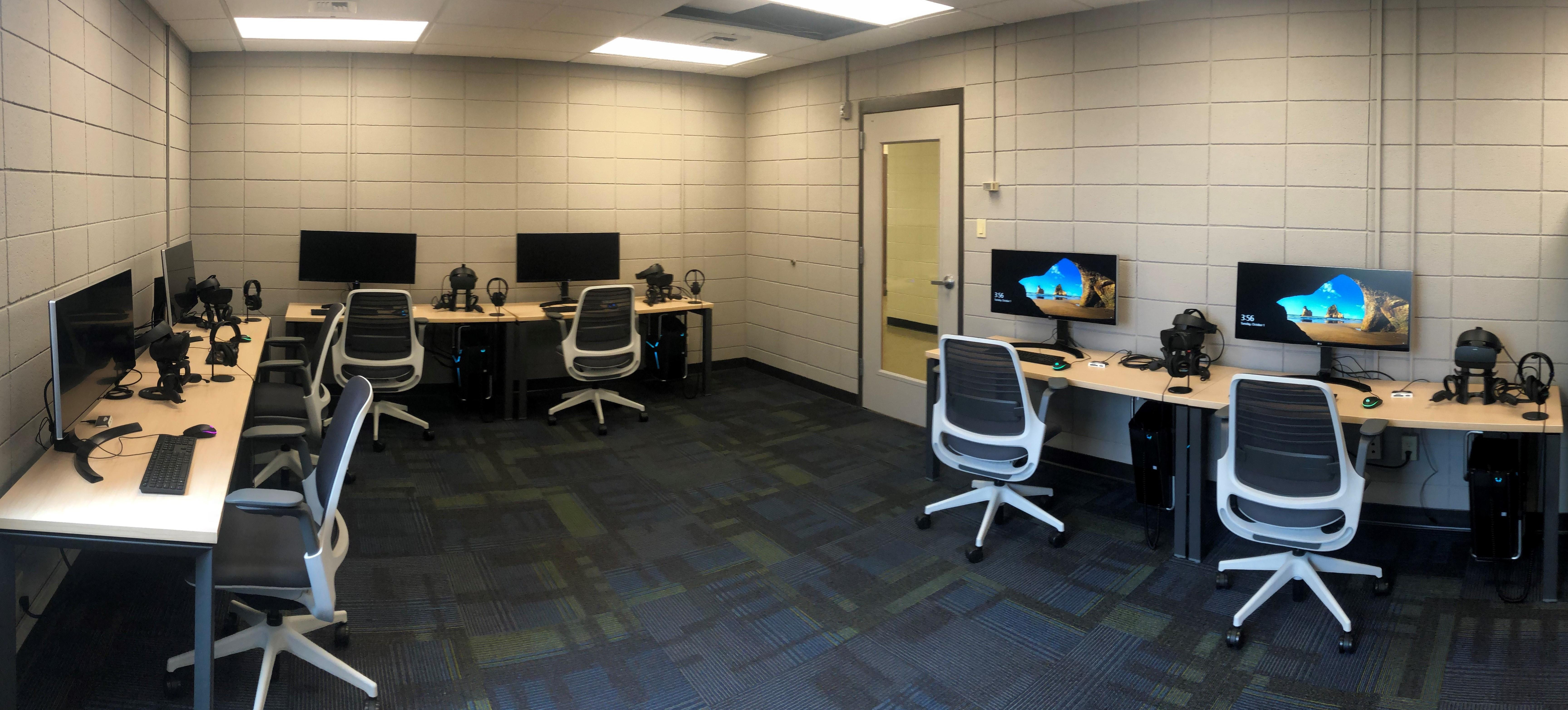 The Montana Reality Lab with 6 workstations