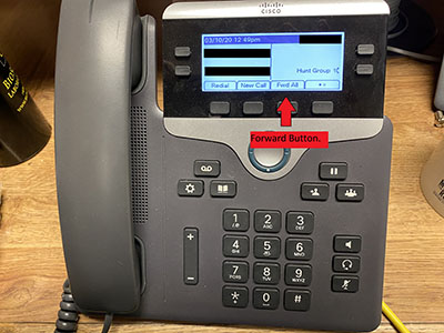 image of a Cisco phone